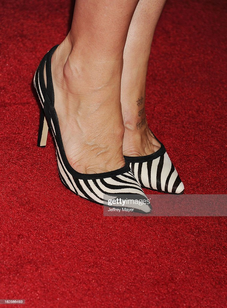 Actress <a gi-track='captionPersonalityLinkClicked' href=/galleries/search?phrase=Finola+Hughes&family=editorial&specificpeople=206161 ng-click='$event.stopPropagation()'>Finola Hughes</a> (shoe detail) at the Los Angeles premiere of 'Captain Phillips' at the Academy of Motion Picture Arts and Sciences on September 30, 2013 in Beverly Hills, California.