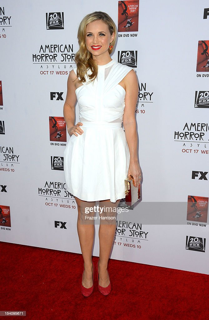 Actress Fiona Gubelmann arrives at the Premiere Screening of FX's 'American Horror Story: Asylum' at the Paramount Theatre on October 13, 2012 in Hollywood, California.