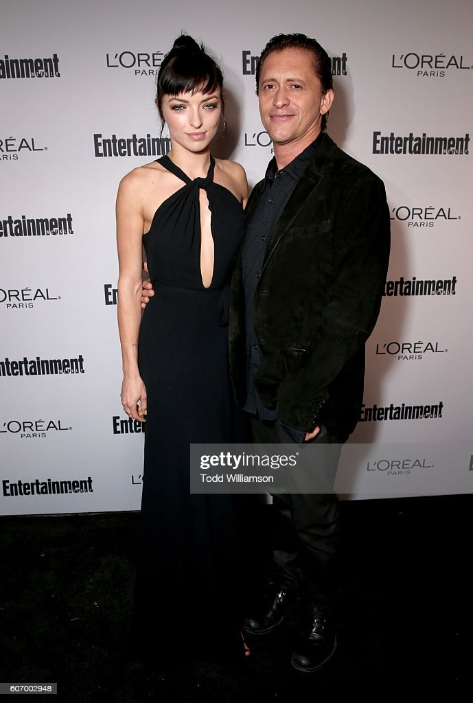 actress-francesca-eastwood-and-actor-clifton-collins-jr-attend-the-picture-id607002948
