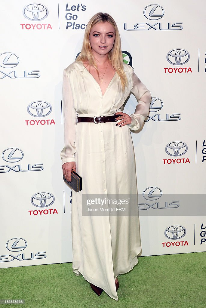 Actress Francesca Eastwood arrives at the 23rd Annual Environmental Media Awards presented by Toyota and Lexus at Warner Bros. Studios on October 19, 2013 in Burbank, California.