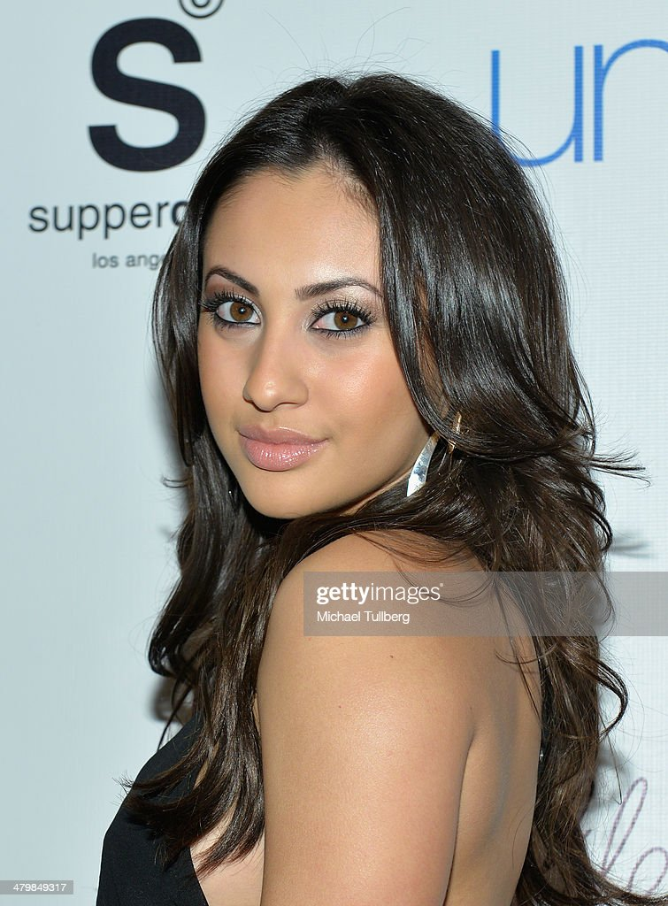 Actress <a gi-track='captionPersonalityLinkClicked' href=/galleries/search?phrase=Francia+Raisa&family=editorial&specificpeople=4441372 ng-click='$event.stopPropagation()'>Francia Raisa</a> attends the Unlikely Heroes Red Carpet Spring Benefit held at SupperClub Los Angeles on March 20, 2014 in Los Angeles, California.
