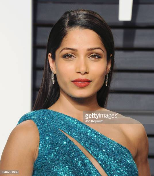 Actress Freida Pinto arrives at the 2017 Vanity Fair Oscar Party Hosted By Graydon Carter at Wallis Annenberg Center for the Performing Arts on...