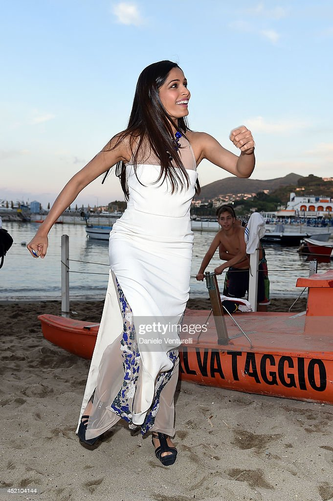 Actress <a gi-track='captionPersonalityLinkClicked' href=/galleries/search?phrase=Freida+Pinto&family=editorial&specificpeople=5518973 ng-click='$event.stopPropagation()'>Freida Pinto</a> attends Day 2 of the Ischia Global Film & Music 2014 on July 13, 2014 in Ischia, Italy.