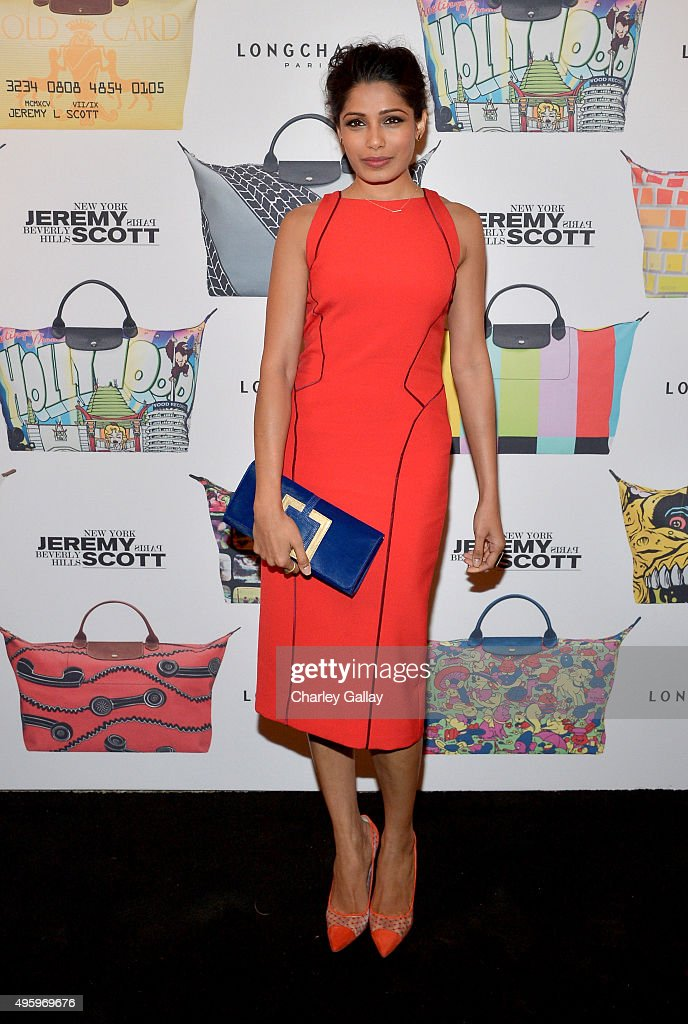 Actress <a gi-track='captionPersonalityLinkClicked' href=/galleries/search?phrase=Freida+Pinto&family=editorial&specificpeople=5518973 ng-click='$event.stopPropagation()'>Freida Pinto</a> attends the Jeremy Scott for Longchamp 10th Anniversary held at a Private Residence on November 5, 2015 in Beverly Hills, California.