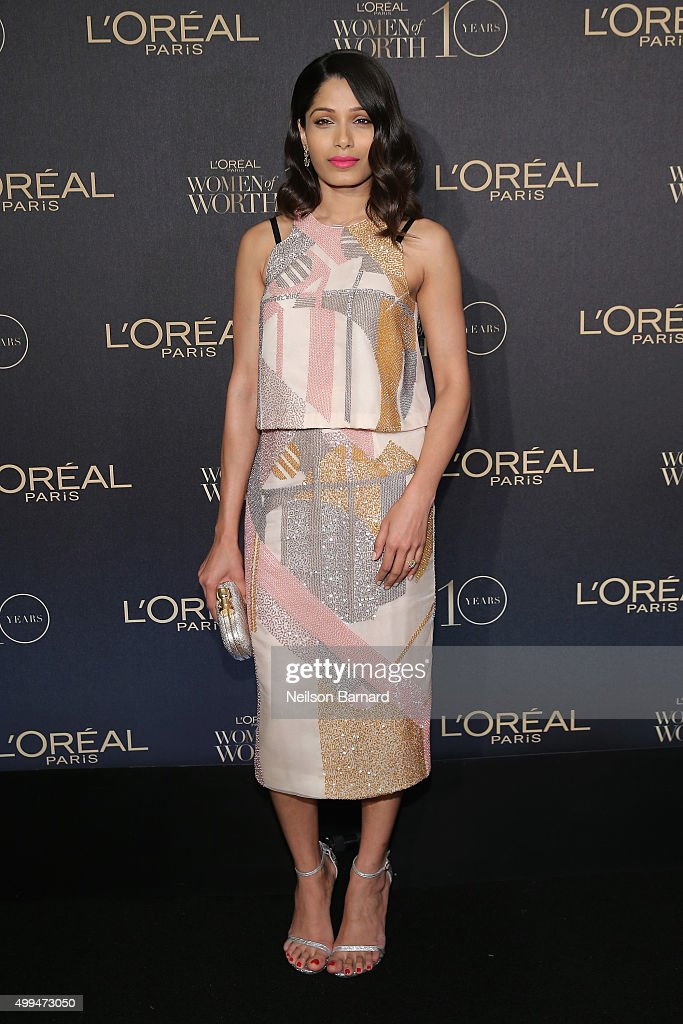 Actress <a gi-track='captionPersonalityLinkClicked' href=/galleries/search?phrase=Freida+Pinto&family=editorial&specificpeople=5518973 ng-click='$event.stopPropagation()'>Freida Pinto</a> attends the L'Oreal Paris Women of Worth 2015 Celebration - Arrivals at The Pierre Hotel on December 1, 2015 in New York City.