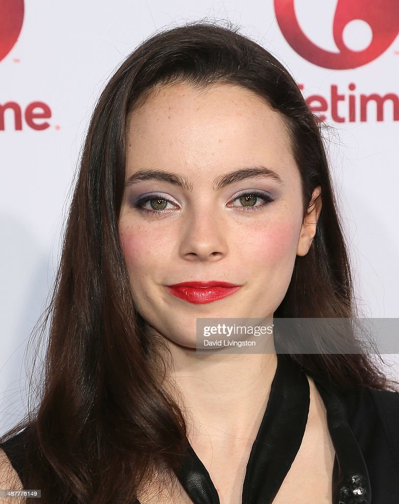 Actress <a gi-track='captionPersonalityLinkClicked' href=/galleries/search?phrase=Freya+Tingley&family=editorial&specificpeople=8060531 ng-click='$event.stopPropagation()'>Freya Tingley</a> attends the premiere of Lifetime Television's 'Return to Zero' at the Paramount Theater on the Paramount Studios lot on May 1, 2014 in Hollywood, California.