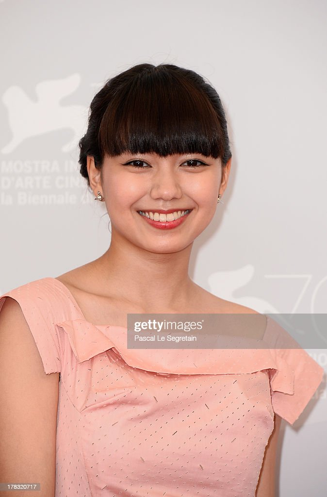 Actress <a gi-track='captionPersonalityLinkClicked' href=/galleries/search?phrase=Fumi+Nikaido&family=editorial&specificpeople=8200734 ng-click='$event.stopPropagation()'>Fumi Nikaido</a> attends the 'Why Don't You Play In Hell?' Photocall during the 70th Venice International Film Festivalon August 29, 2013 in Venice, Italy.