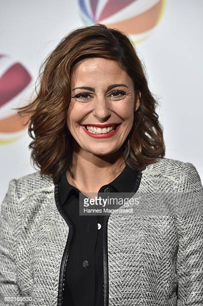 Actress Funda Vanroy during the 'Jack the Ripper Eine Frau jagt einen Moerder' Premiere at Gloria Palast on November 10 2016 in Munich Germany