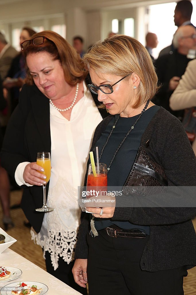 Actress <a gi-track='captionPersonalityLinkClicked' href=/galleries/search?phrase=Gabrielle+Carteris&family=editorial&specificpeople=243159 ng-click='$event.stopPropagation()'>Gabrielle Carteris</a> (R) attends the 2016 Thomson Reuters Correspondents' Brunch at the Hay-Adams Hotel on May 01, 2016 in Washington, DC.
