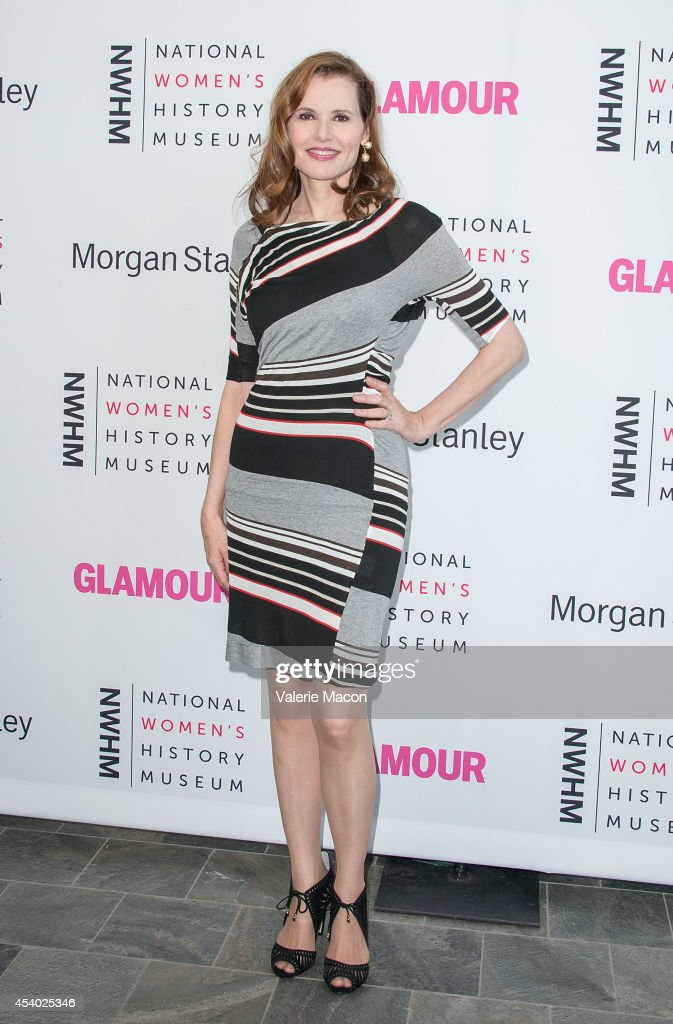 Actress Geena Davis arrives at the National Women's History Museum And Glamour Magazine's 3rd Annual Women Making History Eventat Skirball Cultural...