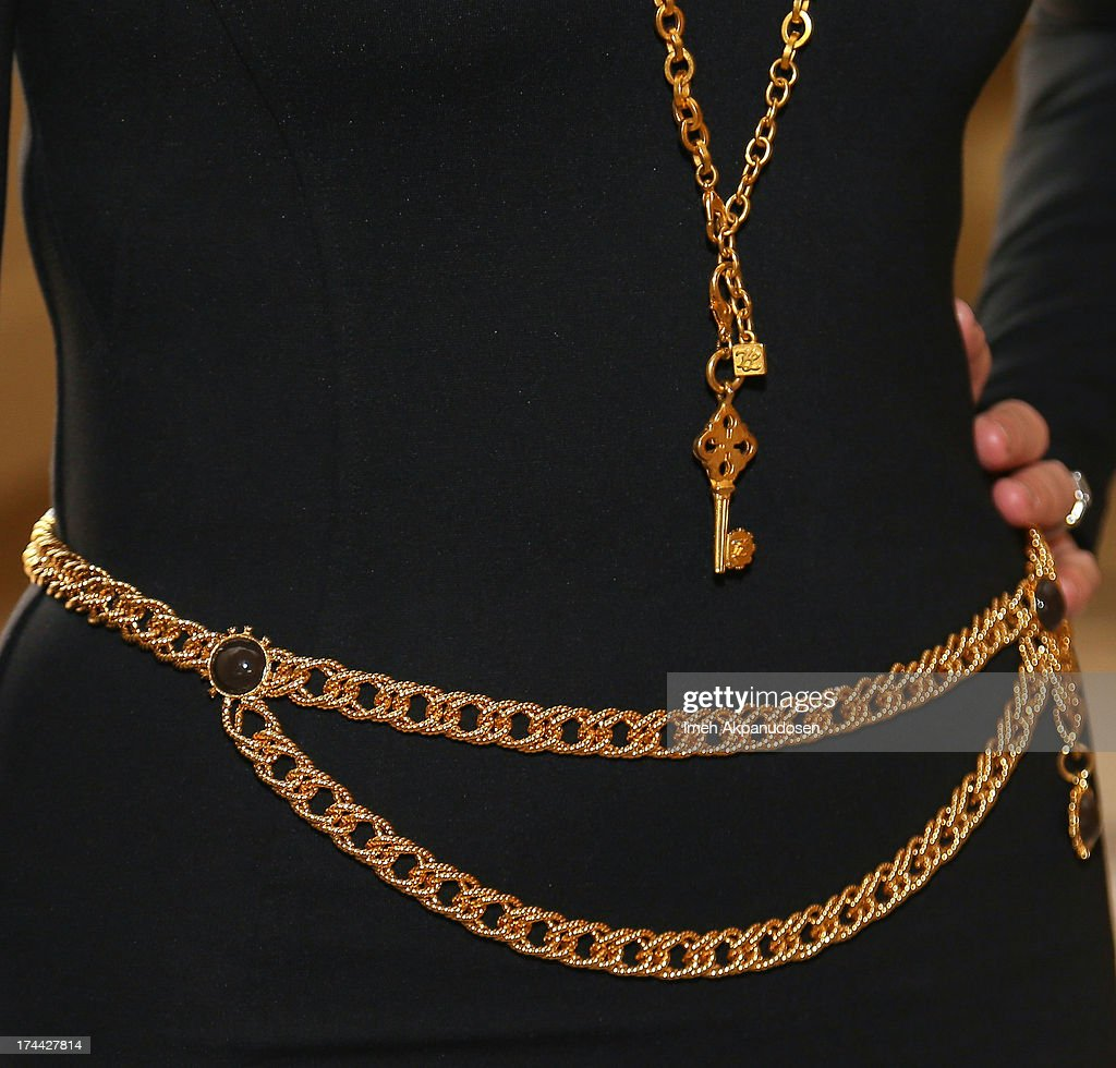 Actress <a gi-track='captionPersonalityLinkClicked' href=/galleries/search?phrase=Geena+Davis&family=editorial&specificpeople=209423 ng-click='$event.stopPropagation()'>Geena Davis</a> (jewelry detail) attends the 2013 NEW Executive Leaders Forum at Terranea Resort on July 25, 2013 in Rancho Palos Verdes, California.