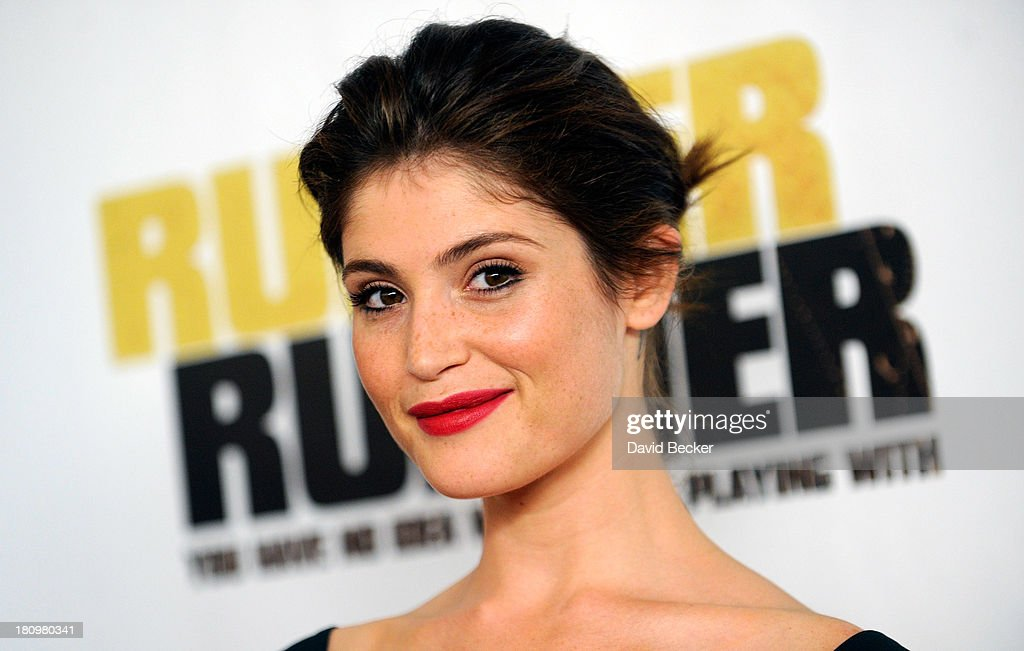 Actress <a gi-track='captionPersonalityLinkClicked' href=/galleries/search?phrase=Gemma+Arterton&family=editorial&specificpeople=4296305 ng-click='$event.stopPropagation()'>Gemma Arterton</a> arrives at the world premiere of Twentieth Century Fox and New Regency's film 'Runner Runner' at Planet Hollywood Resort & Casino on September 18, 2013 in Las Vegas, Nevada.