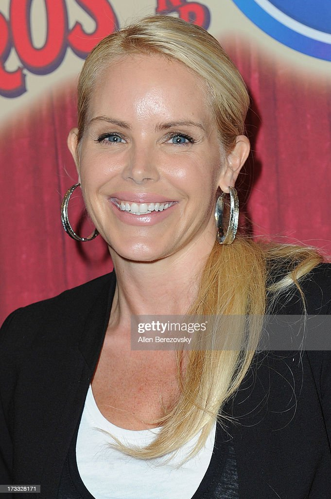 Actress <a gi-track='captionPersonalityLinkClicked' href=/galleries/search?phrase=Gena+Lee+Nolin&family=editorial&specificpeople=1018008 ng-click='$event.stopPropagation()'>Gena Lee Nolin</a> attends the celebrity premiere of Ringling Bros. and Barnum & Bailey's 'Built To Amaze!' tour at Staples Center on July 11, 2013 in Los Angeles, California.