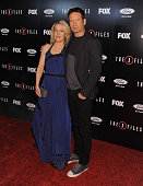 Actress Gillian Anderson and actor David Duchovny attend the premiere of Fox's 'The XFiles' at California Science Center on January 12 2016 in Los...