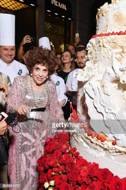 Actress Gina Lollobrigida attends Gina Lollobrigida Birthday Celebrations In Rome on July 4 2017 in Rome Italy