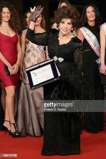 Actress Gina Lollobrigida attends the Miss Italia Red Carpet during the 7th Rome Film Festival at the Auditorium Parco Della Musica on November 16...