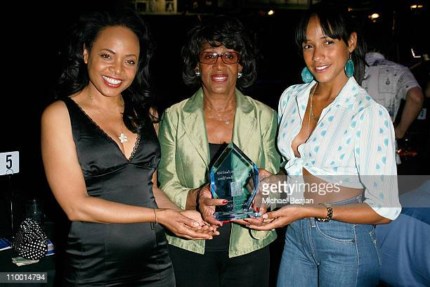 Actress Gina Ravera congresswoman Maxine Waters and actress Dania Ramirez attend the Women At Risk 10th Annual Benefit Concert on April 13 2008 at...
