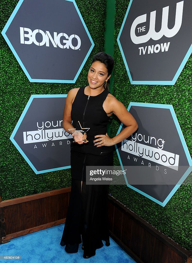 Actress <a gi-track='captionPersonalityLinkClicked' href=/galleries/search?phrase=Gina+Rodriguez+-+Actress+-+Born+1985&family=editorial&specificpeople=11423747 ng-click='$event.stopPropagation()'>Gina Rodriguez</a> attends the 2014 Young Hollywood Awards brought to you by Samsung Galaxy at The Wiltern on July 27, 2014 in Los Angeles, California.