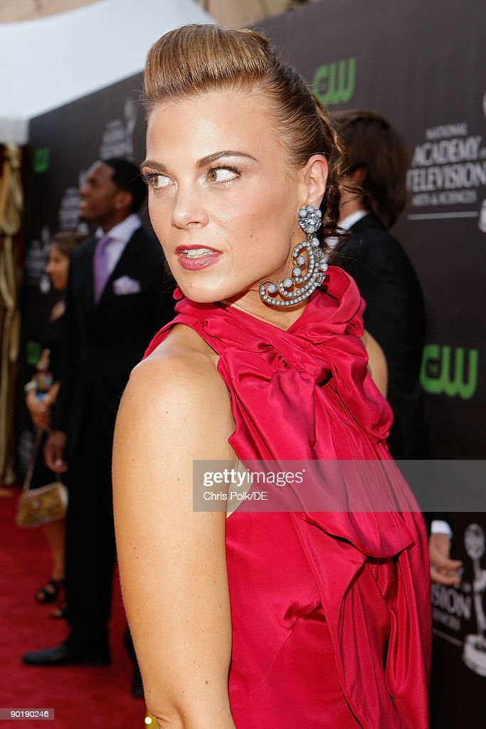 Actress Gina Tognoni arrives at the 36th Annual Daytime Emmy Awards at The Orpheum Theatre on August 30, 2009 in Los Angeles, California.