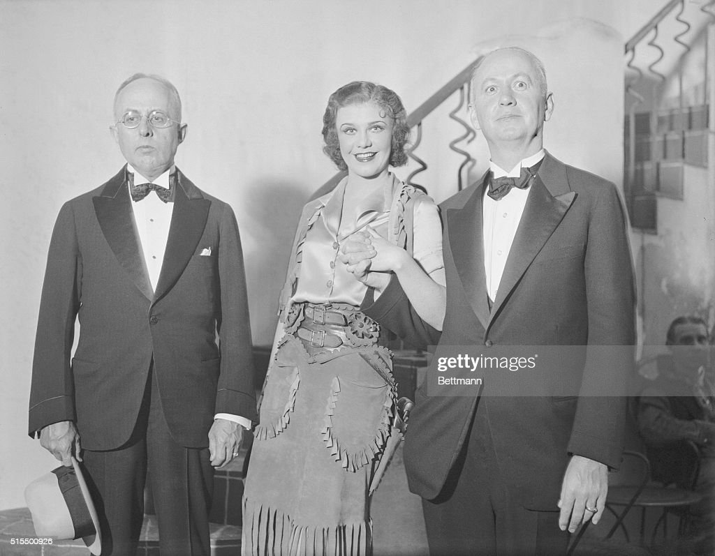 Actress <a gi-track='captionPersonalityLinkClicked' href=/galleries/search?phrase=Ginger+Rogers&family=editorial&specificpeople=93466 ng-click='$event.stopPropagation()'>Ginger Rogers</a> at the Alvin Theatre with Kansas City mayor Bryce B. Smith (l) and St. Louis mayor Victor J. Miller. A friendly controversy is raging between the two Missouri mayors over the hometown status of <a gi-track='captionPersonalityLinkClicked' href=/galleries/search?phrase=Ginger+Rogers&family=editorial&specificpeople=93466 ng-click='$event.stopPropagation()'>Ginger Rogers</a>. But Ginger is a diplomatic Miss, and insists she belongs to the country at large.