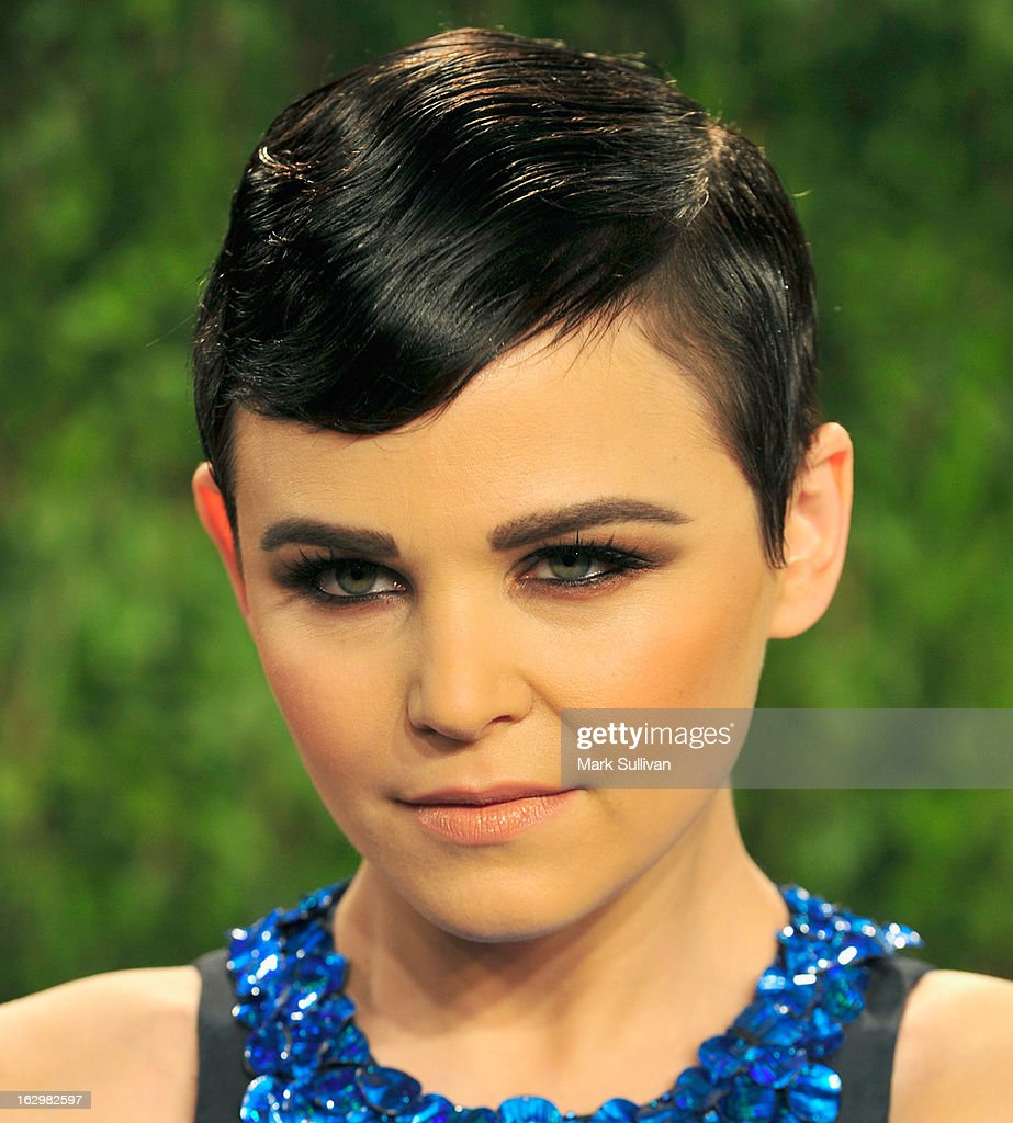 Actress Ginnifer Goodwin arrives at the 2013 Vanity Fair Oscar Party at Sunset Tower on February 24, 2013 in West Hollywood, California.