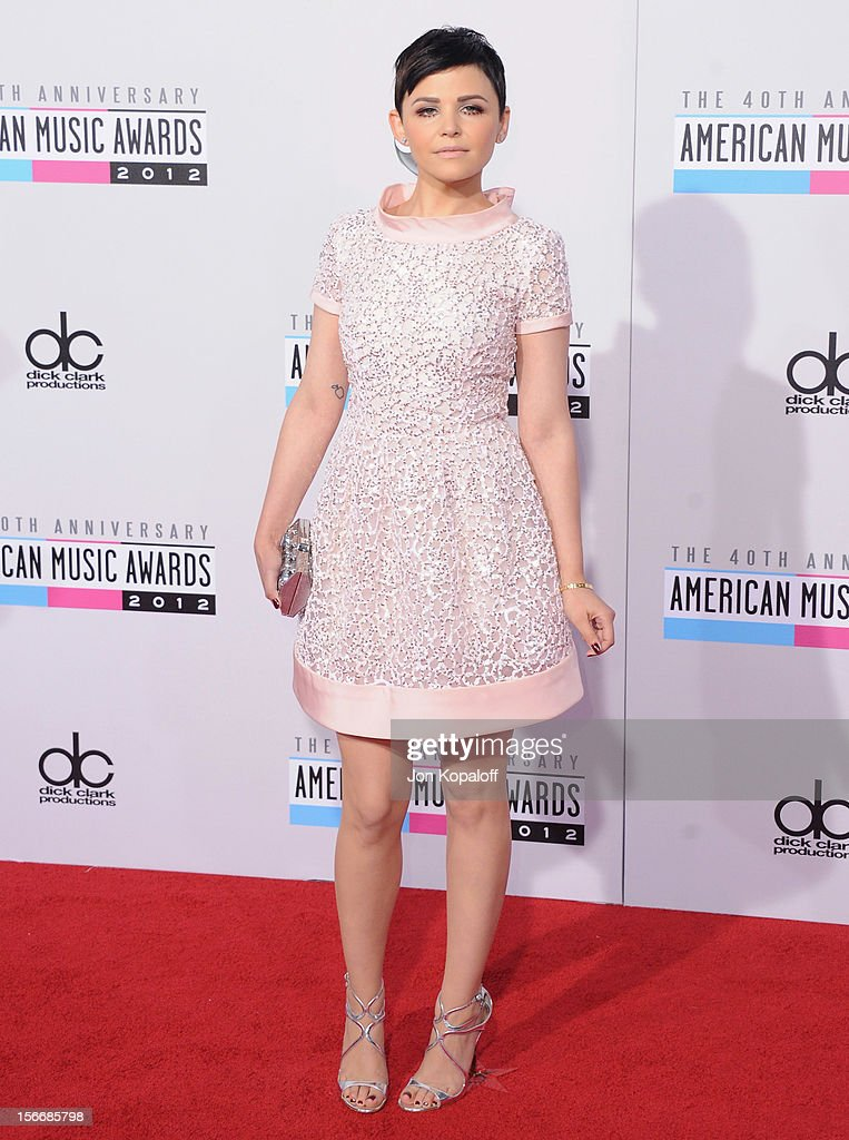 Actress Ginnifer Goodwin arrives at The 40th American Music Awards at Nokia Theatre L.A. Live on November 18, 2012 in Los Angeles, California.