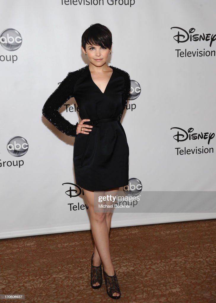 Actress <a gi-track='captionPersonalityLinkClicked' href=/galleries/search?phrase=Ginnifer+Goodwin&family=editorial&specificpeople=215039 ng-click='$event.stopPropagation()'>Ginnifer Goodwin</a> arrives at the Disney ABC Television Group's 'TCA 2001 Summer Press Tour' at the Beverly Hilton Hotel on August 7, 2011 in Beverly Hills, California.