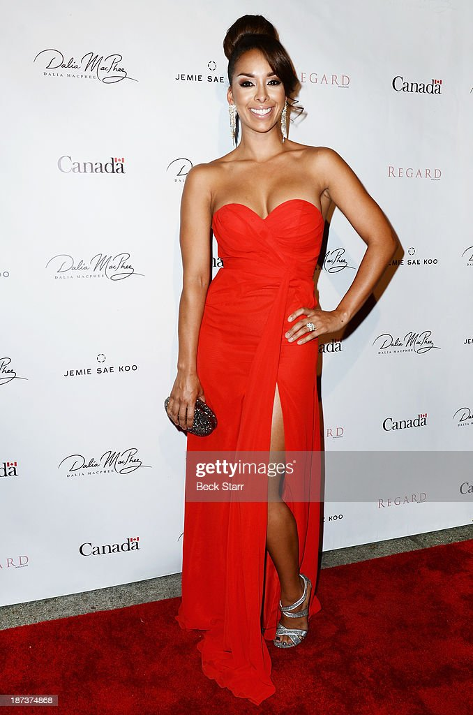 Actress <a gi-track='captionPersonalityLinkClicked' href=/galleries/search?phrase=Gloria+Govan&family=editorial&specificpeople=7070564 ng-click='$event.stopPropagation()'>Gloria Govan</a> arrives at Canadian Consul General honors fashion designer Dalia MacPhee on November 7, 2013 in Los Angeles, California.