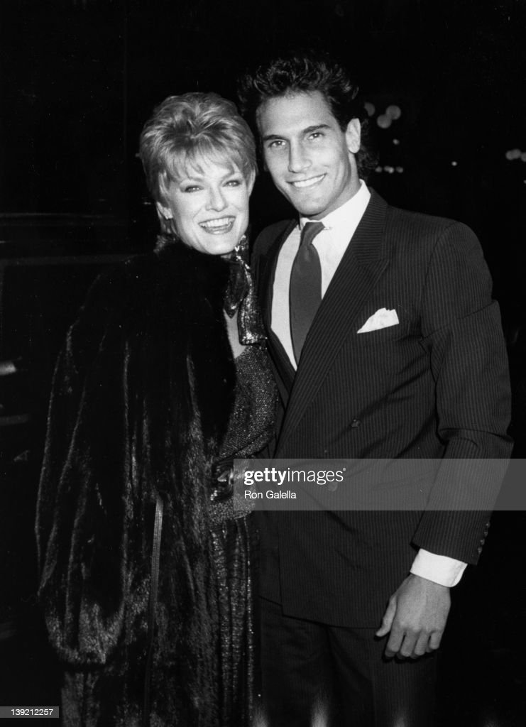 Actress Gloria Loring and date Don Diamont attending 'CocaCola Launch Party for Hands America America' on February 13 1986 at the Century Plaza Hotel...