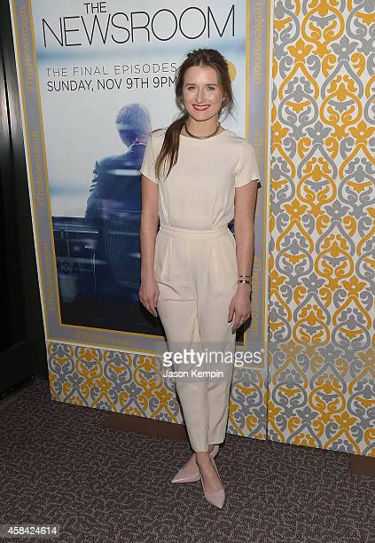 Actress Grace Gummer attends the premiere of HBO's 'Newsroom' Season 3 at Directors Guild Of America on November 4 2014 in Los Angeles California