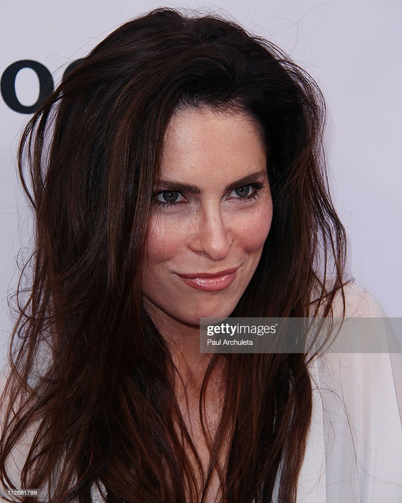 Deep gold 3d los angeles premiere arrivals getty for A t the salon johnstone