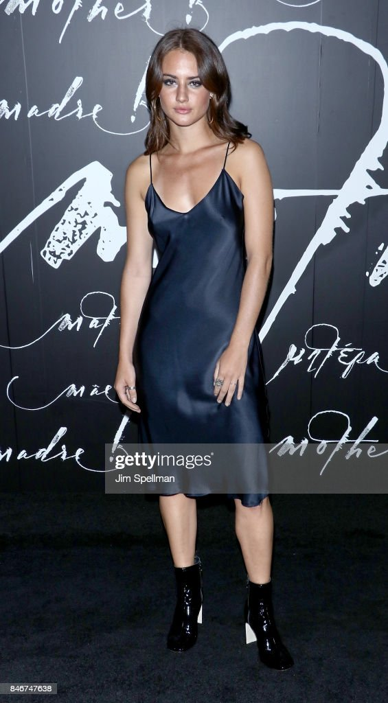 Actress Grace Van Patten attends the 'mother!' New York premiere at Radio City Music Hall on September 13, 2017 in New York City.