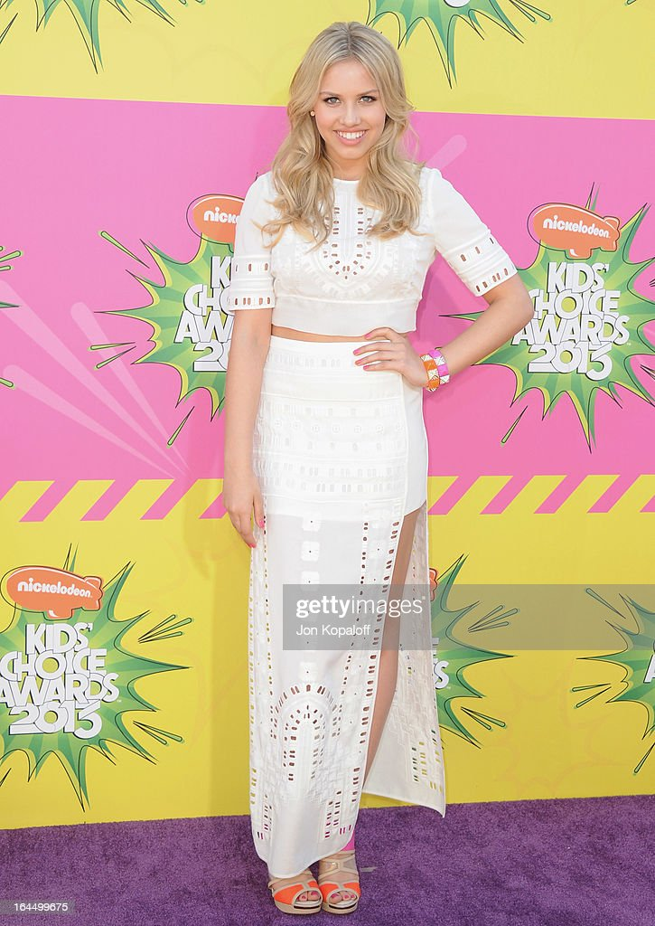 Actress Gracie Dzienny arrives at Nickelodeon's 26th Annual Kids' Choice Awards at USC Galen Center on March 23, 2013 in Los Angeles, California.