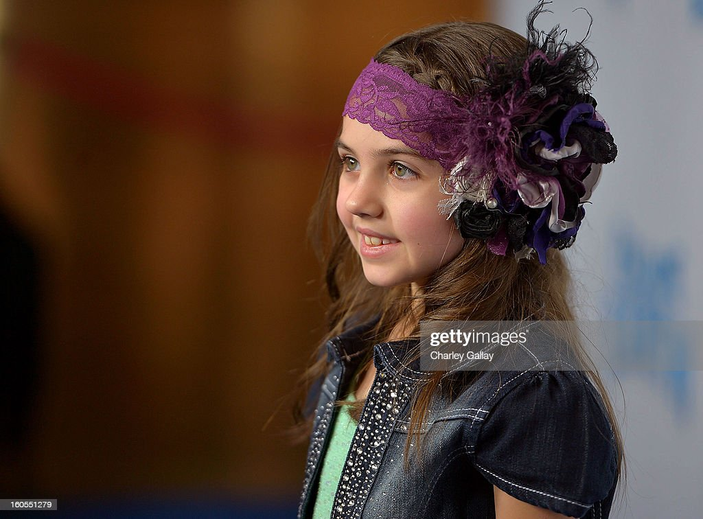 Actress Gracie Whitton attends the 'Escape From Planet Earth' premiere presented by The Weinstein Company in partnership with Sabra at Mann Chinese 6 on February 2, 2013 in Los Angeles, California.