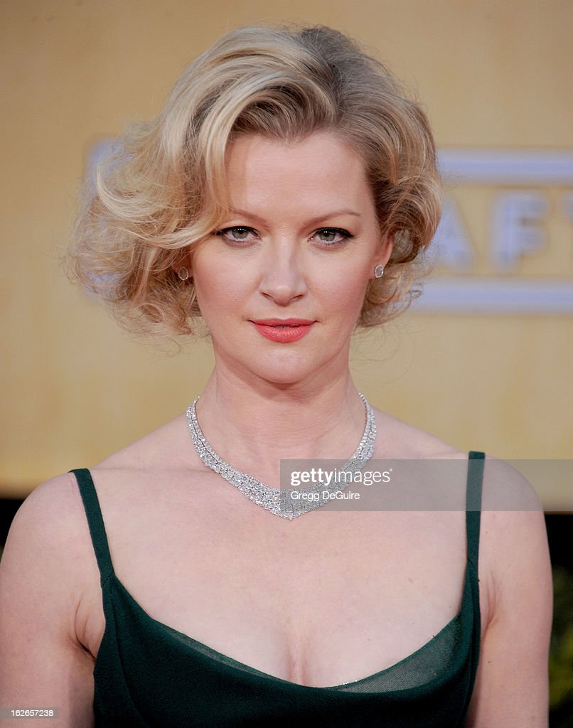 Actress Gretchen Mol arrives at the 19th Annual Screen Actors Guild Awards at The Shrine Auditorium on January 27, 2013 in Los Angeles, California.