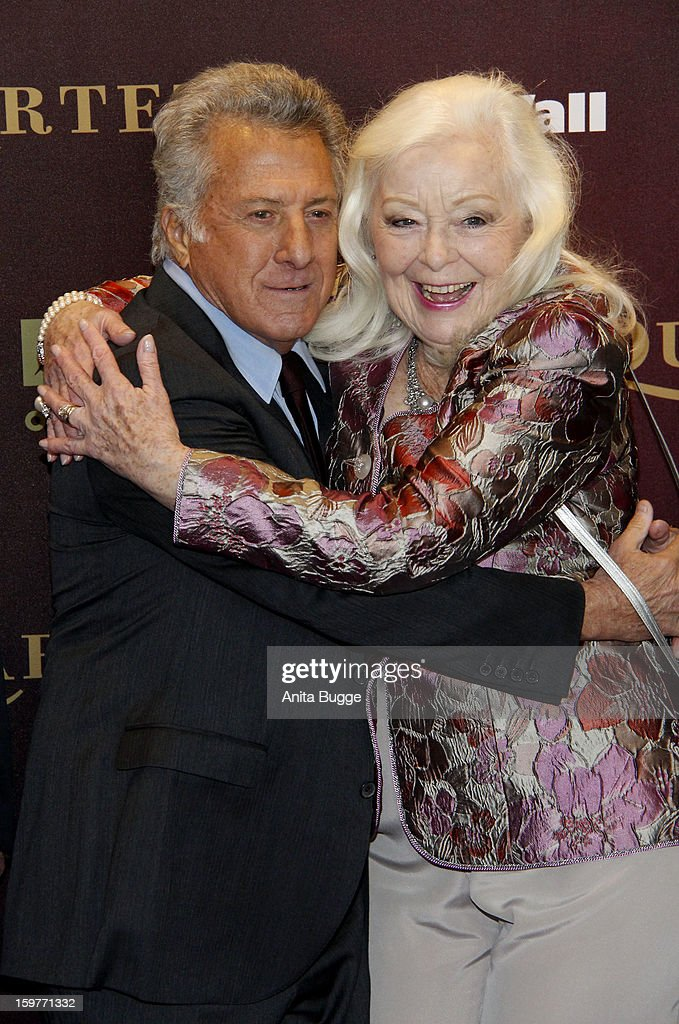 Actress Gwyneth Jones and actor <a gi-track='captionPersonalityLinkClicked' href=/galleries/search?phrase=Dustin+Hoffman&family=editorial&specificpeople=171356 ng-click='$event.stopPropagation()'>Dustin Hoffman</a> attend the 'Quartet' Berlin Photocall at Deutsche Oper on January 20, 2013 in Berlin, Germany.