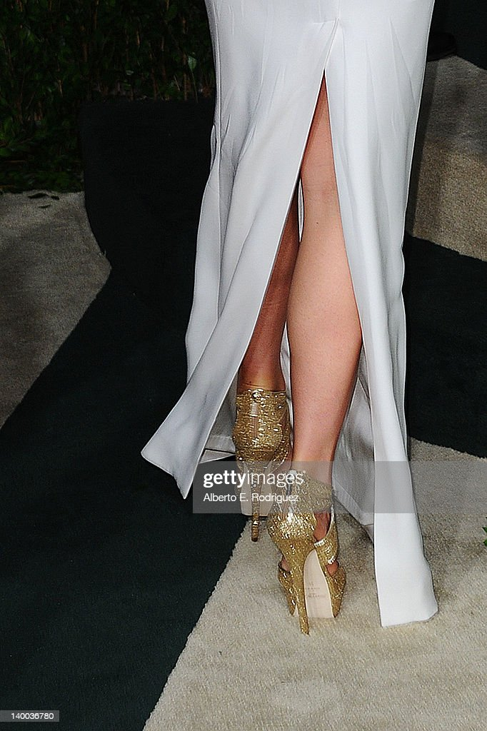 Actress Gwyneth Paltrow (footwear detail) arrives at the 2012 Vanity Fair Oscar Party hosted by Graydon Carter at Sunset Tower on February 26, 2012 in West Hollywood, California.