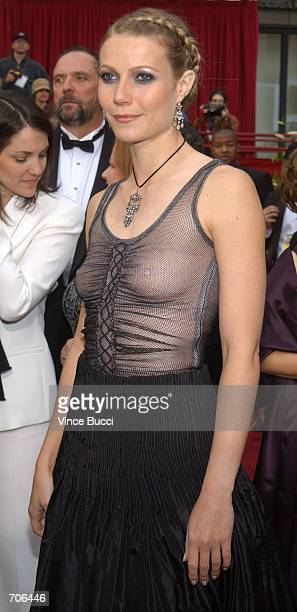 Actress Gwyneth Paltrow arrives at the 74th Annual Academy Awards March 24 2002 at The Kodak Theater in Hollywood CA