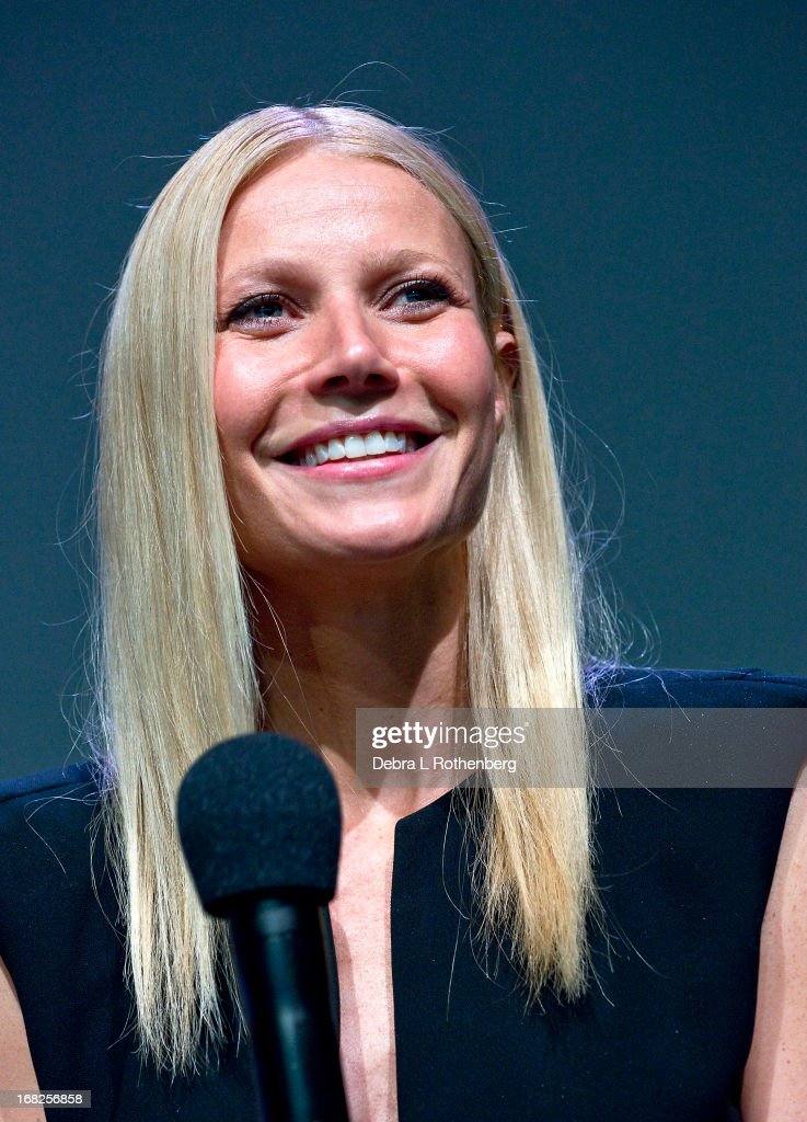 Actress <a gi-track='captionPersonalityLinkClicked' href=/galleries/search?phrase=Gwyneth+Paltrow&family=editorial&specificpeople=171431 ng-click='$event.stopPropagation()'>Gwyneth Paltrow</a> attends Meet The Developer at the Apple Store Soho on May 7, 2013 in New York City.