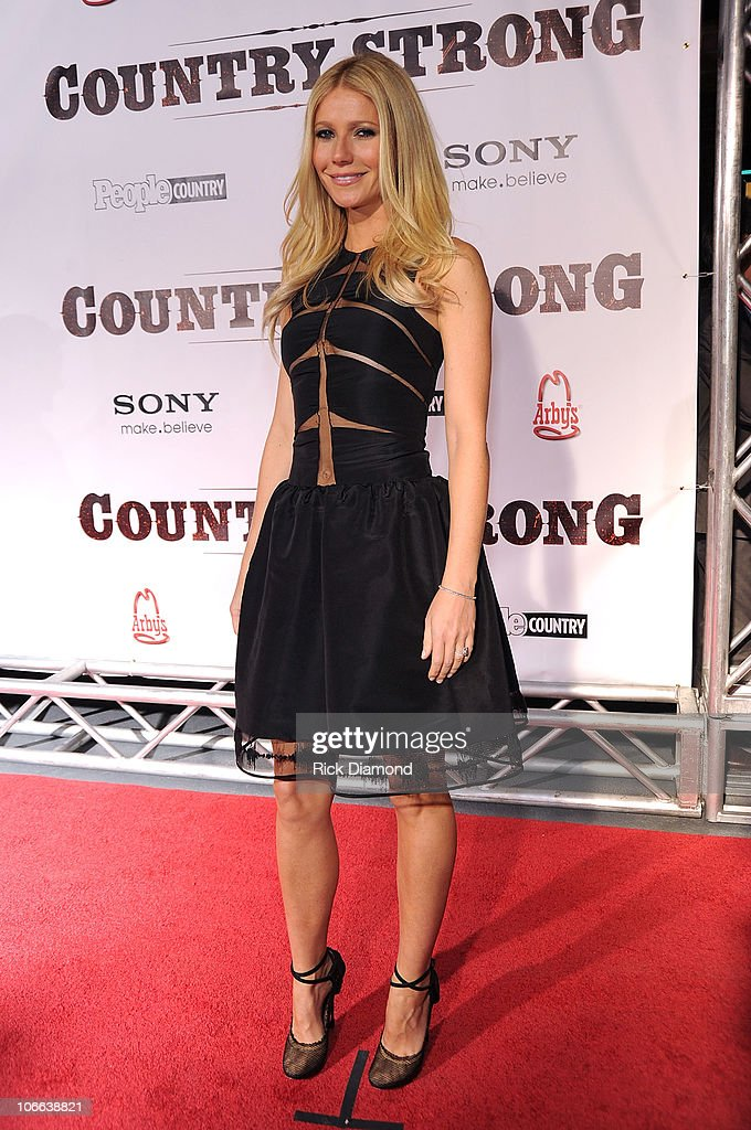 Actress <a gi-track='captionPersonalityLinkClicked' href=/galleries/search?phrase=Gwyneth+Paltrow&family=editorial&specificpeople=171431 ng-click='$event.stopPropagation()'>Gwyneth Paltrow</a> attends the 'Country Strong' Premiere at Regal Green Hills on November 8, 2010 in Nashville, Tennessee.