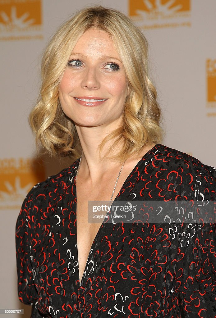 Actress <a gi-track='captionPersonalityLinkClicked' href=/galleries/search?phrase=Gwyneth+Paltrow&family=editorial&specificpeople=171431 ng-click='$event.stopPropagation()'>Gwyneth Paltrow</a> attends the Food Bank For New York's 5th Annual Can-Do-Awards at Pier 60 at Chelsea Piers on April 07, 2008 in New York City.