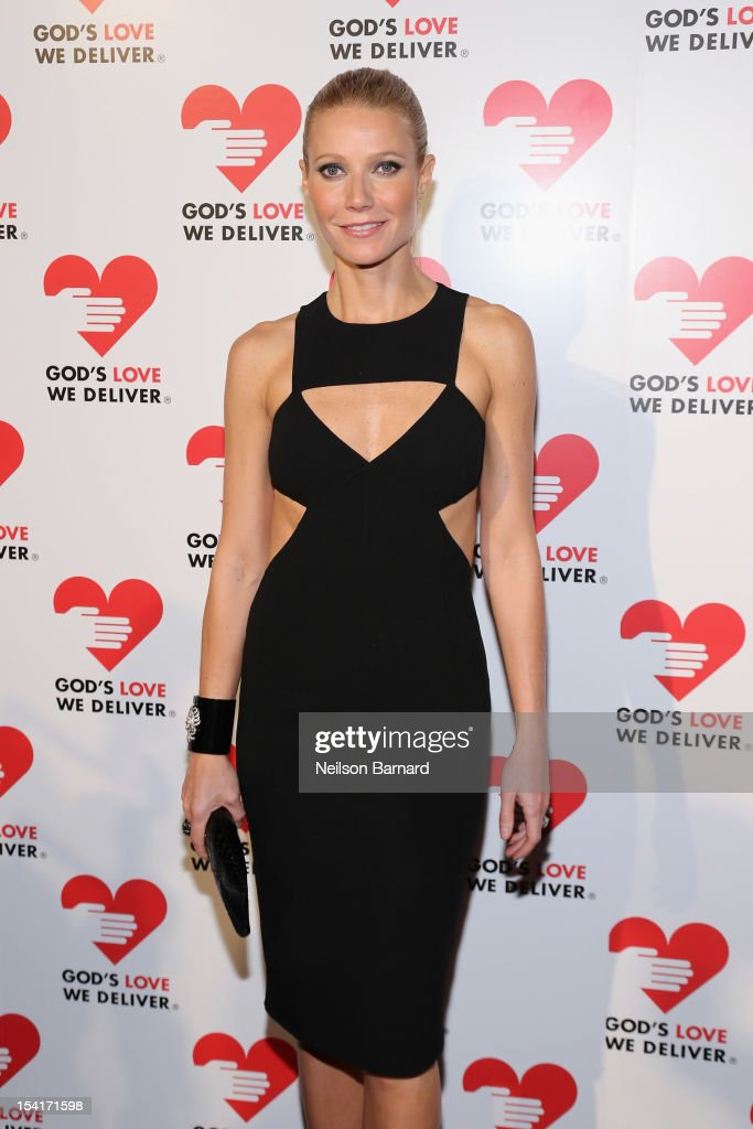 Actress <a gi-track='captionPersonalityLinkClicked' href=/galleries/search?phrase=Gwyneth+Paltrow&family=editorial&specificpeople=171431 ng-click='$event.stopPropagation()'>Gwyneth Paltrow</a> attends the Michael Kors- Golden Heart Gala at Cunard Building on October 15, 2012 in New York City.