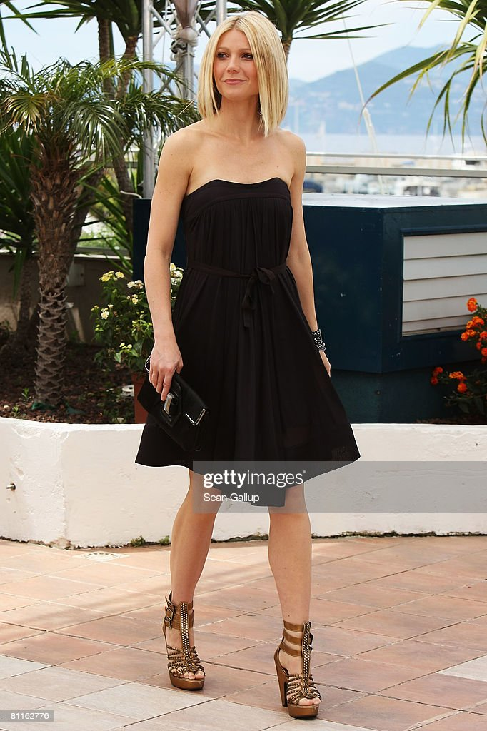 Actress Gwyneth Paltrow attends the Two Lovers Photocall at the Palais des Festivals during the 61st International Cannes Film Festival on May 20 , 2008 in Cannes, France.