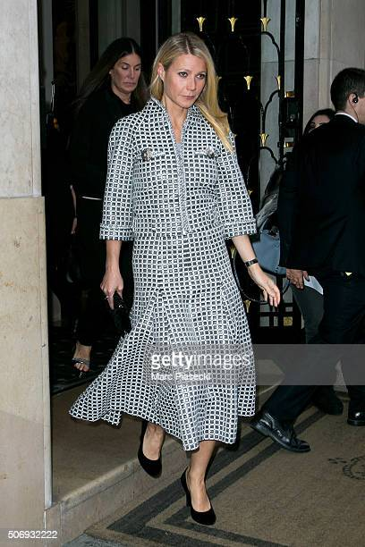Actress Gwyneth Paltrow leaves the 'Four Seasons George V' hotel on January 26 2016 in Paris France