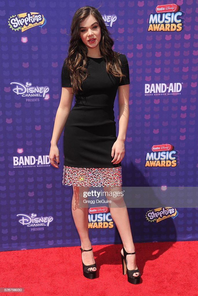 Actress Hailee Steinfeld arrives at the 2016 Radio Disney Music Awards at Microsoft Theater on April 30, 2016 in Los Angeles, California.