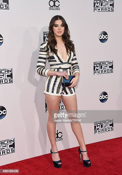 Actress Hailee Steinfeld attends the 2015 American Music Awards at Microsoft Theater on November 22 2015 in Los Angeles California