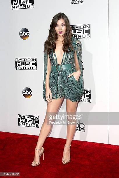 Actress Hailee Steinfeld attends the 2016 American Music Awards at Microsoft Theater on November 20 2016 in Los Angeles California
