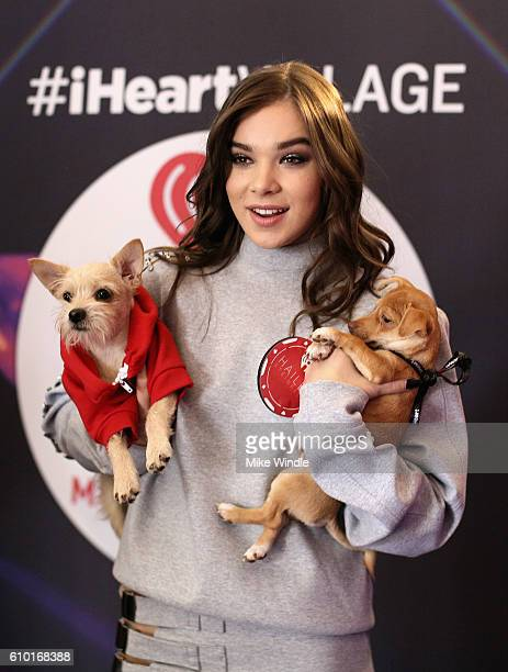 Actress Hailee Steinfeld attends the 2016 Daytime Village at the iHeartRadio Music Festival at the Las Vegas Village on September 24 2016 in Las...