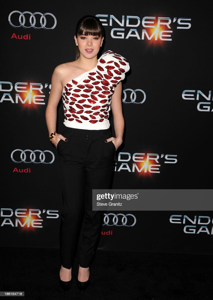 Actress Hailee Steinfeld attends the 'Ender's Game' Los Angeles premiere at TCL Chinese Theatre on October 28 2013 in Hollywood California