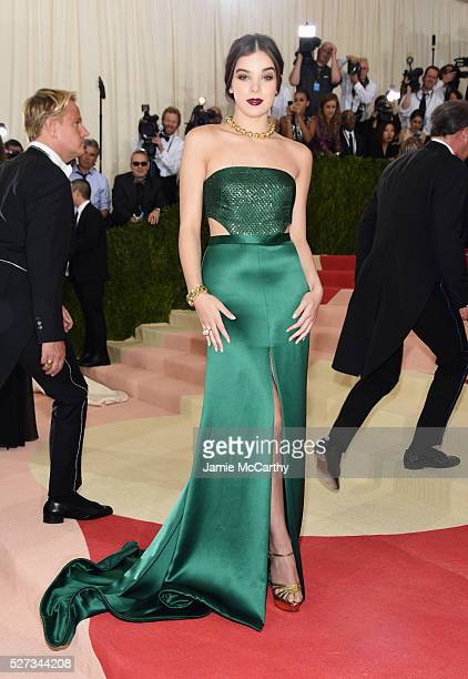 Actress Hailee Steinfeld attends the 'Manus x Machina Fashion In An Age Of Technology' Costume Institute Gala at Metropolitan Museum of Art on May 2...